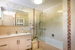 Best Paint for Bathroom Ceiling to Prevent Mold